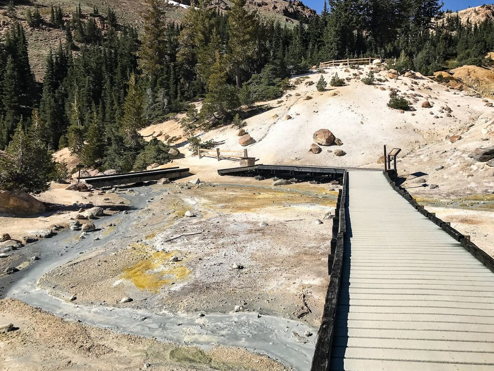 Bumpass Hell trail in Lassen National Park